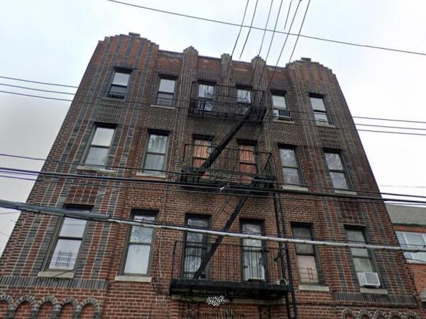 Bronx-12--U-421458_2549910.jpg
