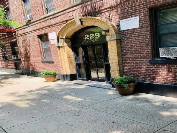 Harlem-34-422715_2559532.jpg