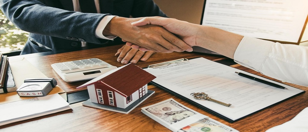 Buyer or a Seller Pay the Closing Costs