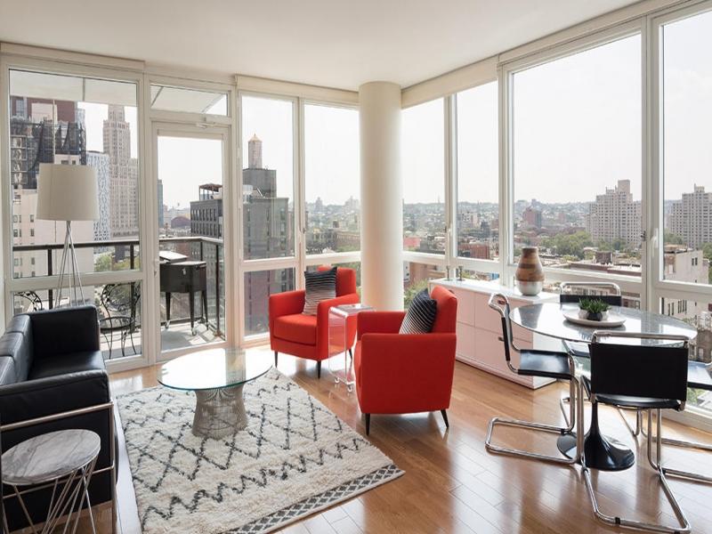 Downtown-1006-33-Bond-St-Corner-Apartment.jpg