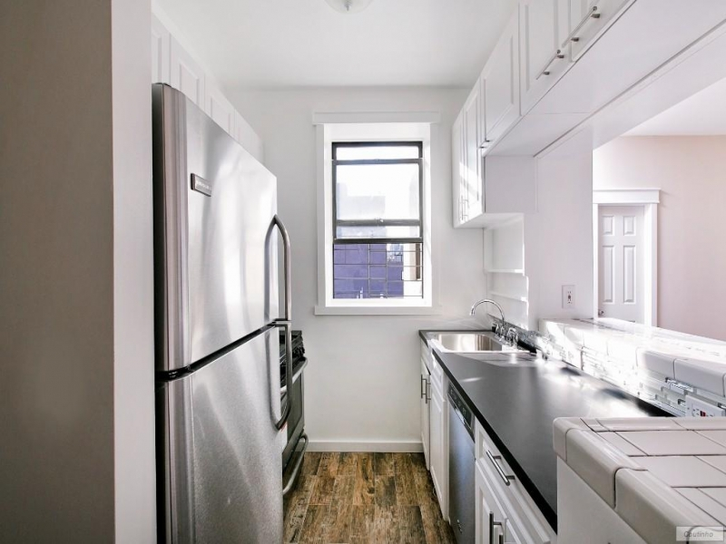East-Harlem-63-1037_8654.jpg