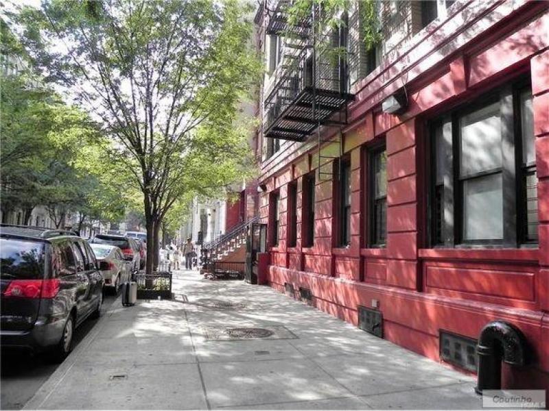 East-Harlem-63-1037_8662.jpg