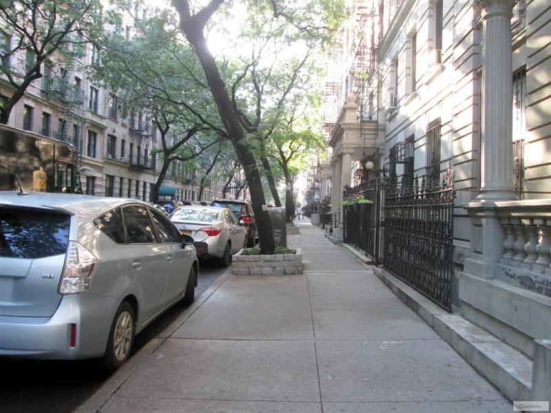 East-Harlem-63-1037_8663.jpg
