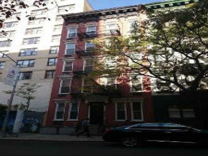 Midtown-West-3B-221949_56218670.jpg