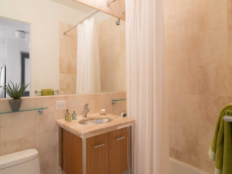 NoMad-34C-800-Sixth-Apartments-Bathroom